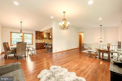 Princeton Single Family Home For Sale: 77 Riverside Drive