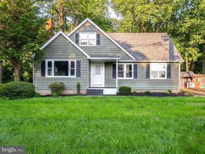 Trenton Single Family Home For Sale: 4840 Crosswicks Hamilton Sq Road