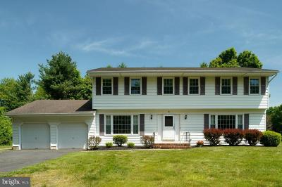 West Windsor Single Family Home For Sale: 5 Manor Ridge Drive