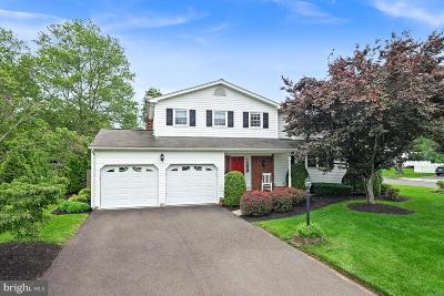 Hamilton Single Family Home For Sale: 636 Paxson Avenue