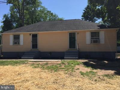 West Windsor Single Family Home Under Contract: 104 Washington Road