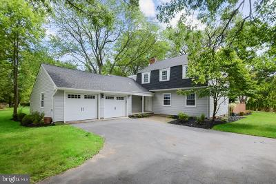Princeton Junction Single Family Home For Sale: 604 Village Rd W