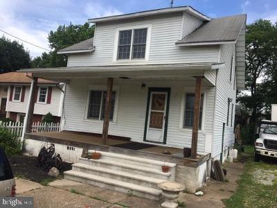 Hamilton Single Family Home For Sale: 40 3rd Avenue