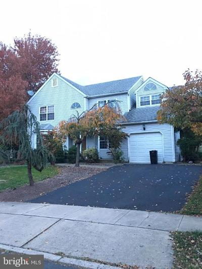 Trenton Single Family Home For Sale: 56 Country Lane