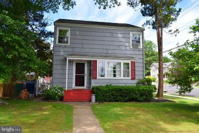 Hightstown Single Family Home For Sale: 115 Park Way