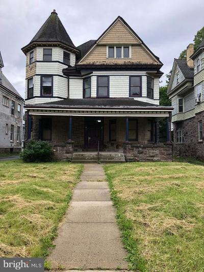 Trenton Single Family Home For Sale: 843 W State Street