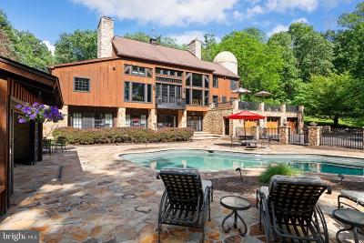 Single Family Home For Sale: 175 Pleasant Valley Road