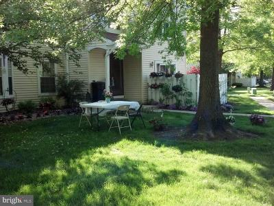 Hightstown Condo For Sale: 50 Mill Run W