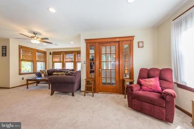 Hamilton Single Family Home For Sale: 1718 Exton Avenue