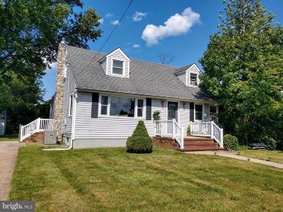 Trenton Single Family Home For Sale: 226 Nancy Lane