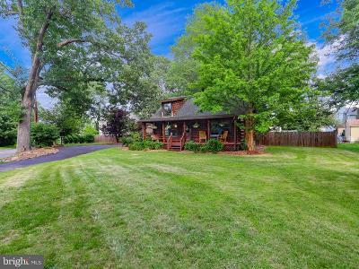 Hamilton Single Family Home For Sale: 629 Groveville Allentown Road