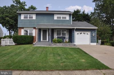 Trenton Single Family Home For Sale: 37 Albemarle Road