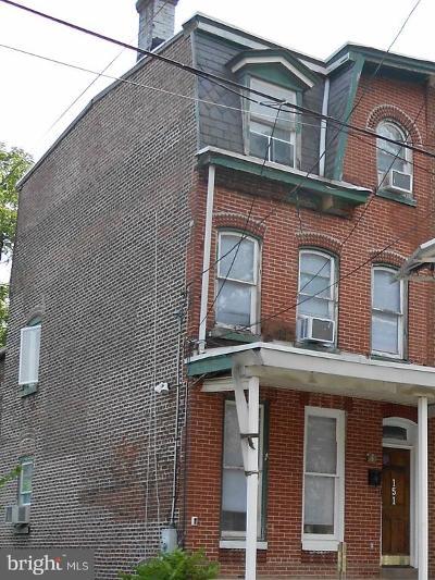 Trenton Single Family Home For Sale: 151 Passaic Street