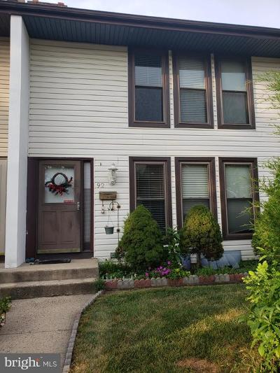 Hightstown Townhouse For Sale: 92 Danbury Court
