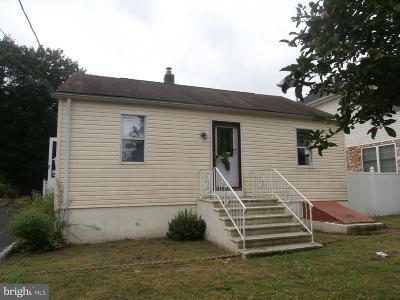 Trenton Single Family Home For Sale: 81 Betts Avenue