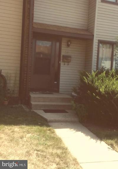 Hightstown Townhouse For Sale: 25 Bennington Drive