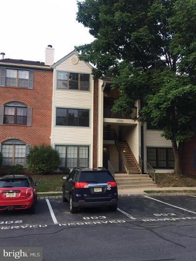 Lawrenceville Single Family Home For Sale: 72 Joyner Court