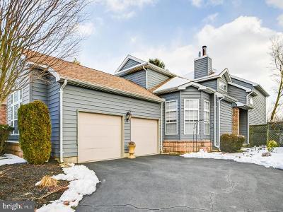 Monroe Township Single Family Home For Sale: 9 Fairway