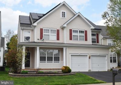 Plainsboro Single Family Home For Sale: 34 Dogwood Drive