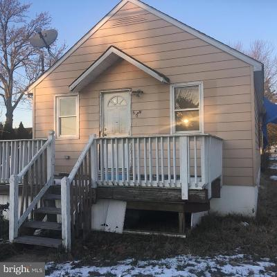 Single Family Home For Sale: 60 Harding Avenue