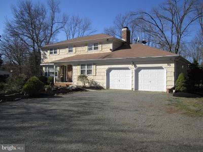 Princeton Single Family Home For Sale: 95 Cherry Brook Drive