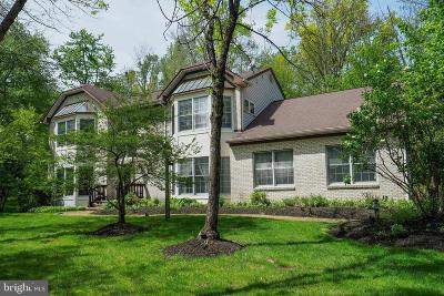 Princeton Single Family Home For Sale: 1 Hunters Run