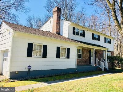 Princeton Single Family Home For Sale: 130 Cherry Brook Dr.