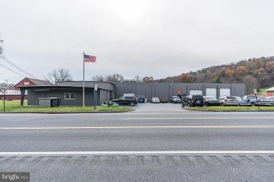 Commercial Under Contract: 3920 Chambersburg Road