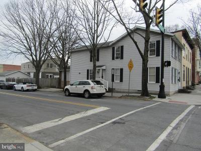 Gettysburg Single Family Home For Sale: 153 Chambersburg Street