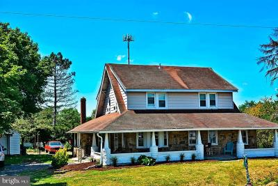 Littlestown Single Family Home For Sale: 3801 Baltimore Pike