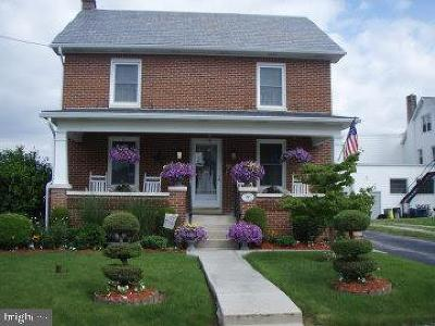Adams County Single Family Home Under Contract: 423 South Street