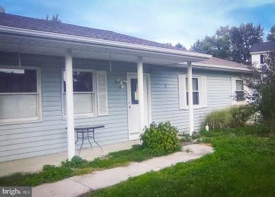 Adams County Single Family Home For Sale: 31 Pleasanton Drive