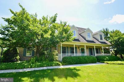Single Family Home For Sale: 44 Kathleen Court