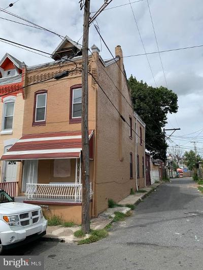 Townhouse For Sale: 111 W Elm Street