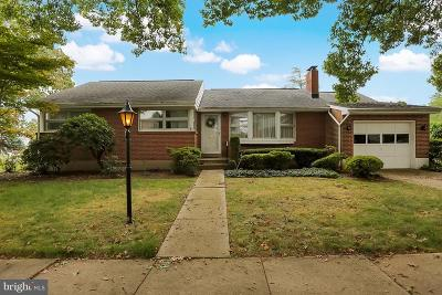 Single Family Home For Sale: 5 Vista Road