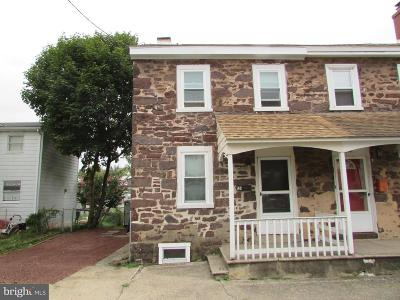 Single Family Home For Sale: 131 S Mill Street