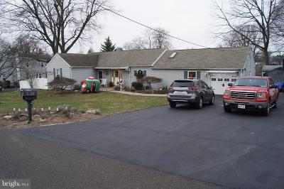 Feasterville Trevose PA Single Family Home For Sale: $299,900