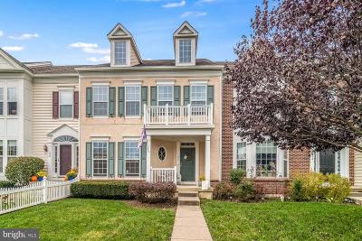 Bucks County Townhouse For Sale: 160 Pipers Inn Drive