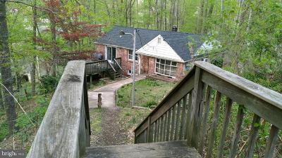 Langhorne Single Family Home For Sale: 131 N Buckthorne Avenue
