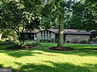 Bucks County Single Family Home For Sale: 9 Woodlawn Drive