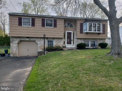 Warminster Single Family Home For Sale: 1473 Kingsley Drive