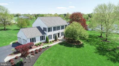 Bucks County Single Family Home For Sale: 203 Heron Court
