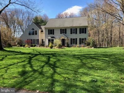Bucks County Single Family Home For Sale: 142 Wagon Wheel Lane