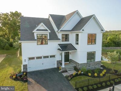 Bucks County Single Family Home For Sale: 1 Pettit's Bridge Rd