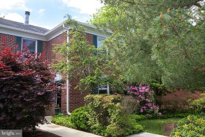 Fieldstone, Ingham Mews, Wilshire Hunt Condo For Sale: 55 Parchment Drive