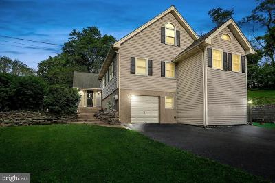 Bucks County Single Family Home For Sale: 11 Aqueduct Road