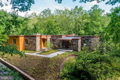 Bucks County Single Family Home For Sale: 6390 Fleecydale Road
