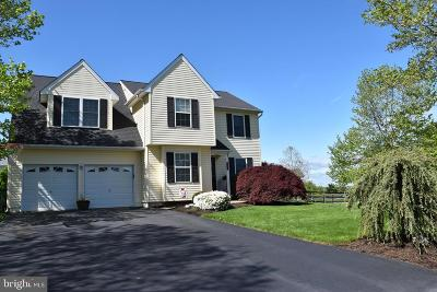 Bucks County Single Family Home For Sale: 112 Trotters Way