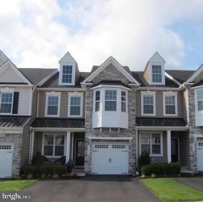 Bucks County Townhouse For Sale: 303 W Boulder Drive