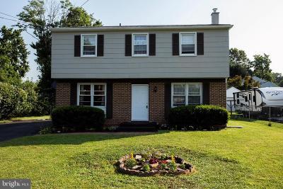 Warminster Single Family Home For Sale: 315 Beech Street